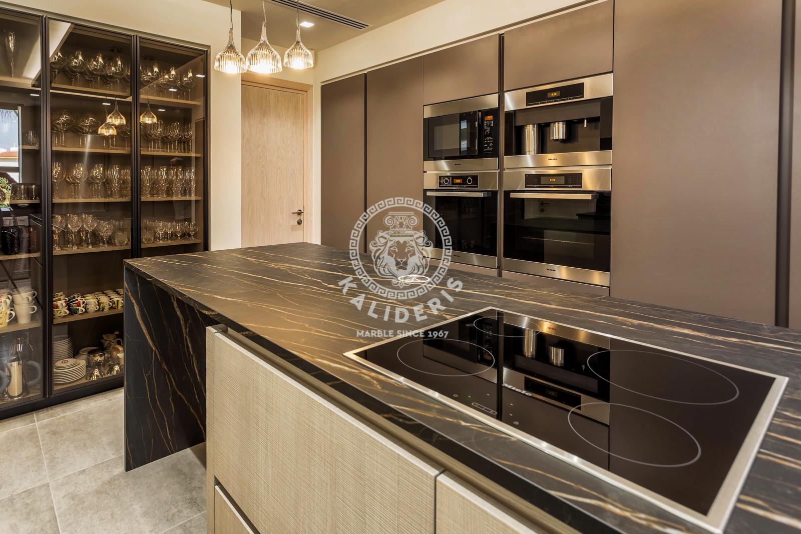 Larnaka Villa Kitchen-5.jpg