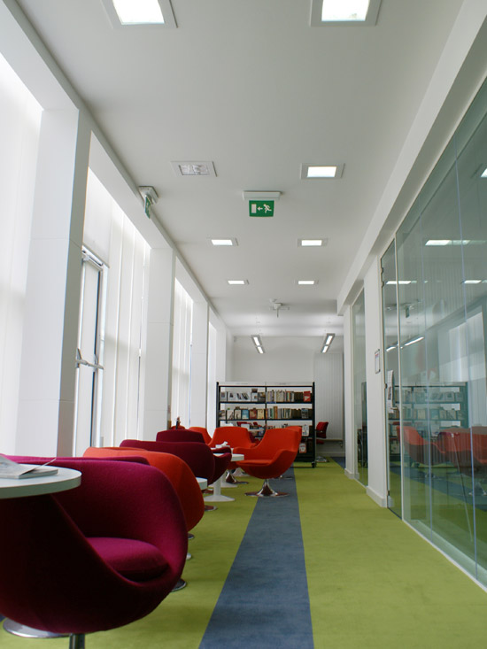 education school interior design company library technology computer room ideas