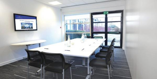 R4 Interiors Refurbishment: Cormack Room, St John's Innovation Centre, Cambridge