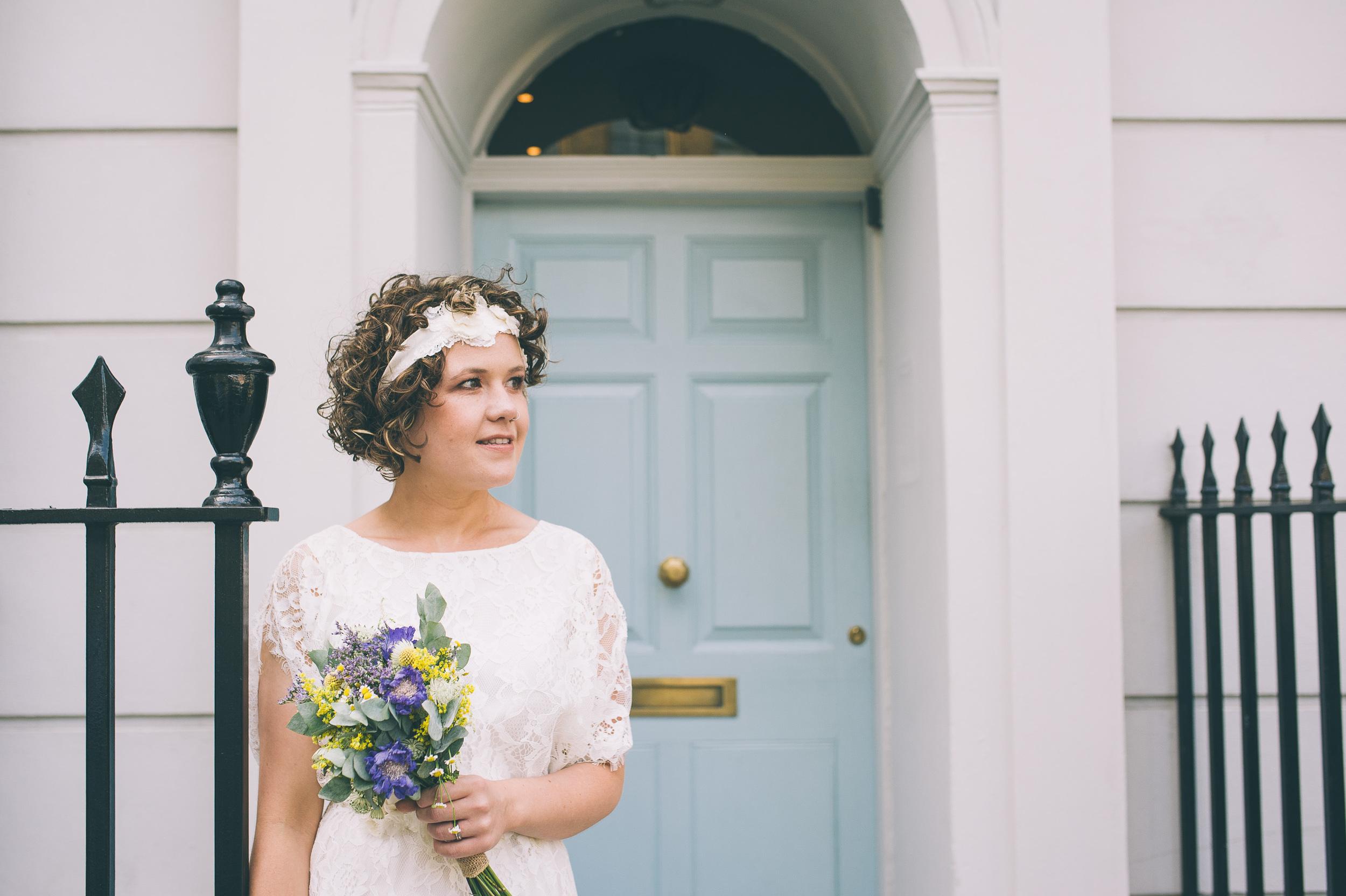 London bride with bouquet
