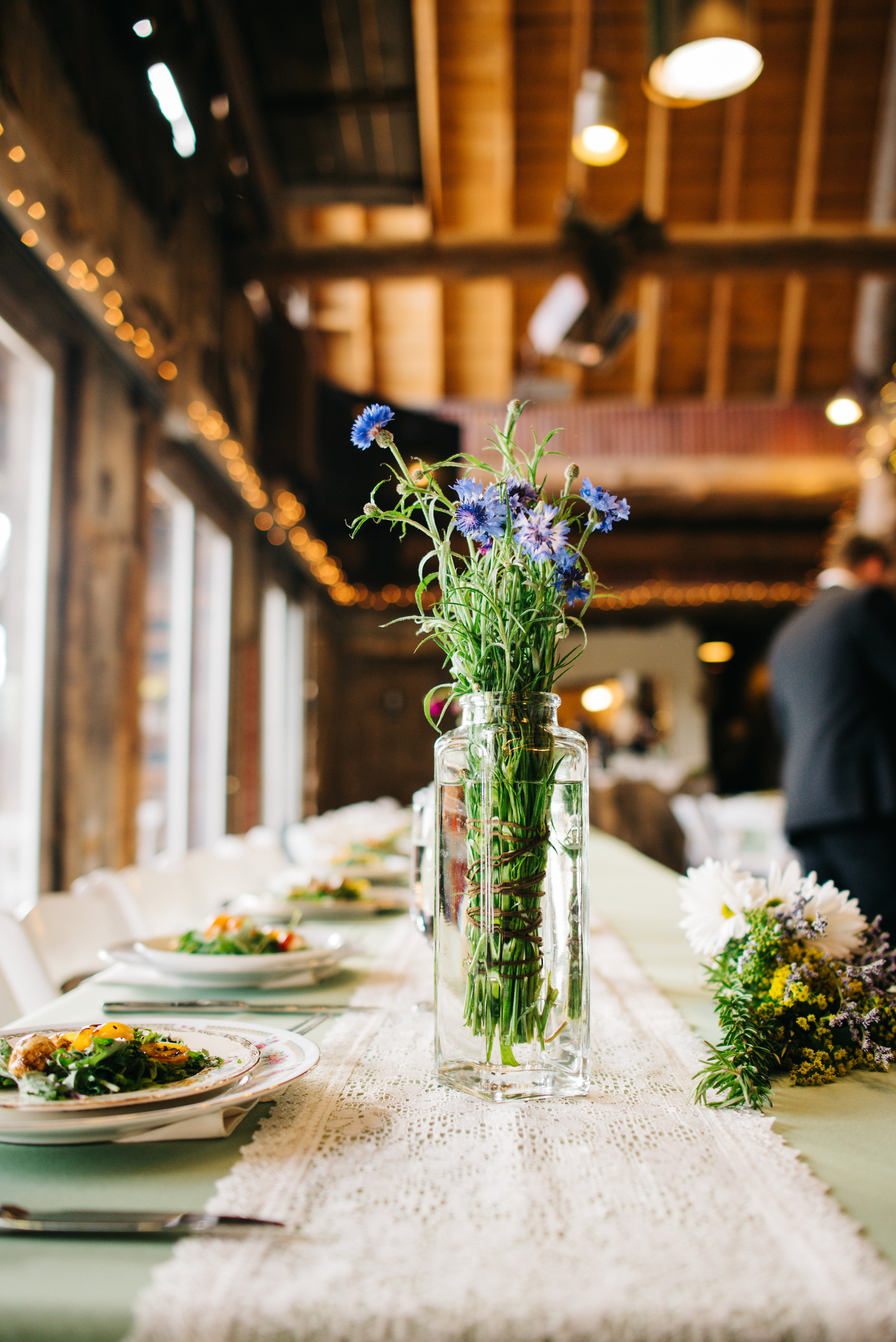 evergreen_barn_wedding_photos_mountain_wedding_photographer_courtney&kirby_3261.jpg