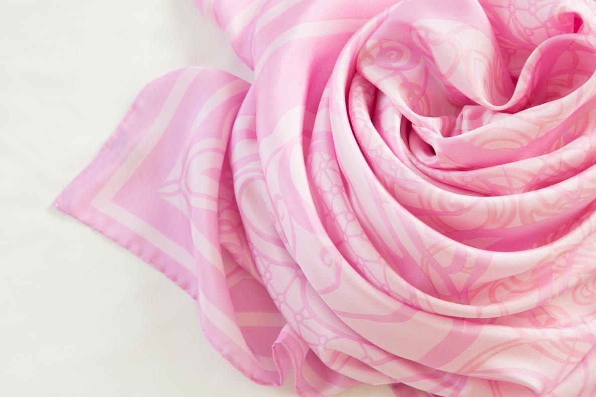 AQ Rose (2).jpg