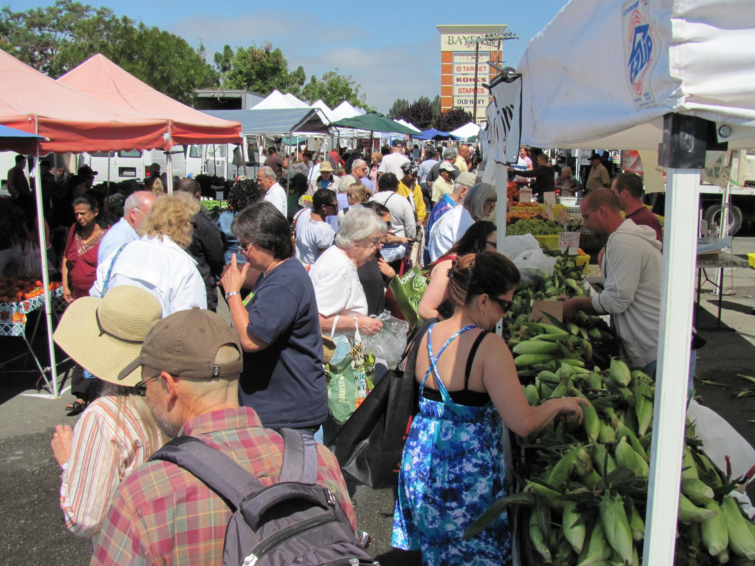 San Leandro Farmers' Market at Bayfair Center