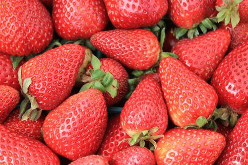 San Leandro Farmers' Market at Bayfair Center strawberries