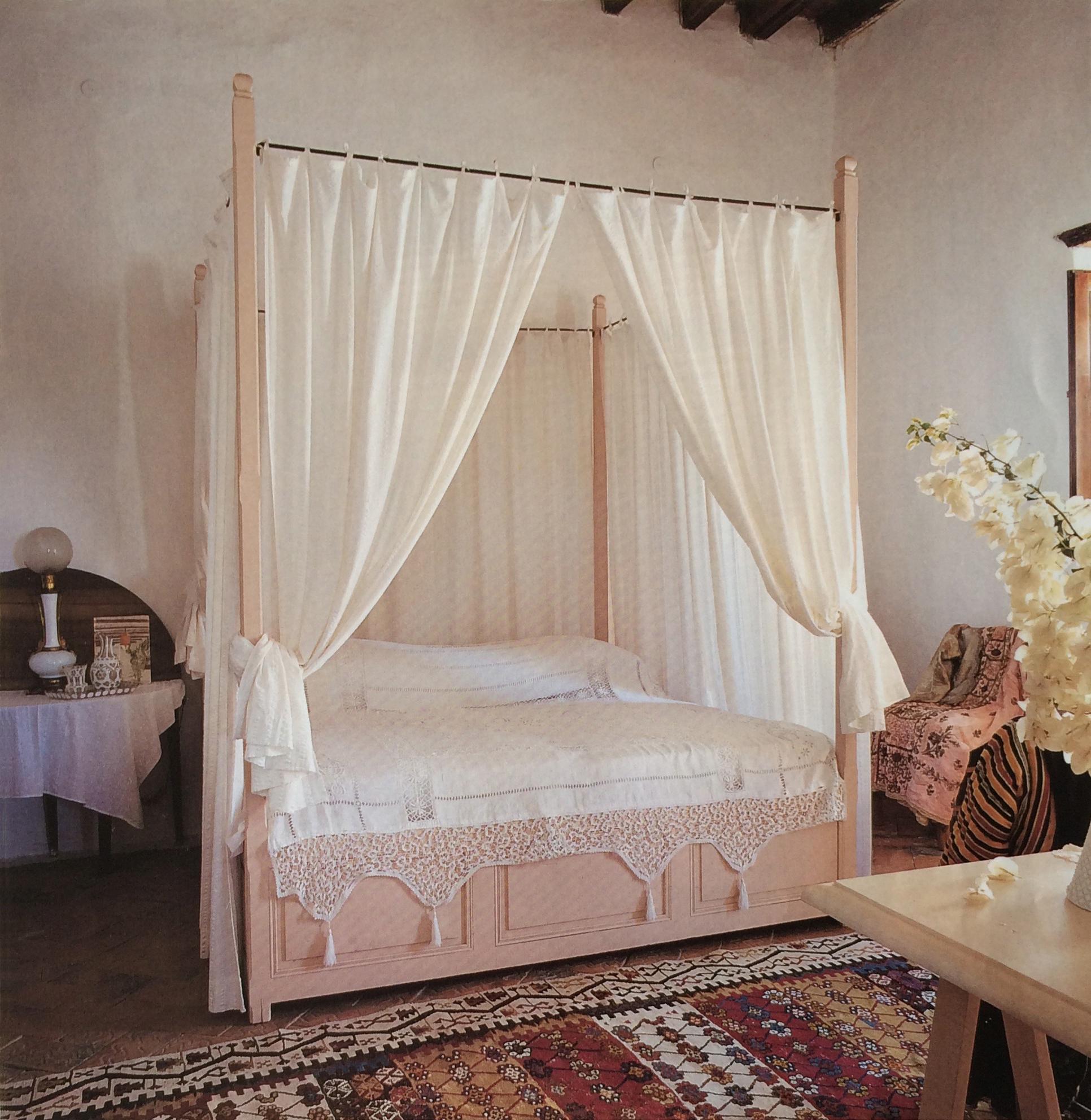 Greece Bed.jpg