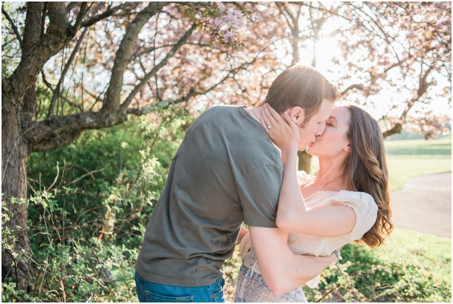 Centennial-Park-Spring-Engagement-Session-Chelsea-Blanch-Photography-4