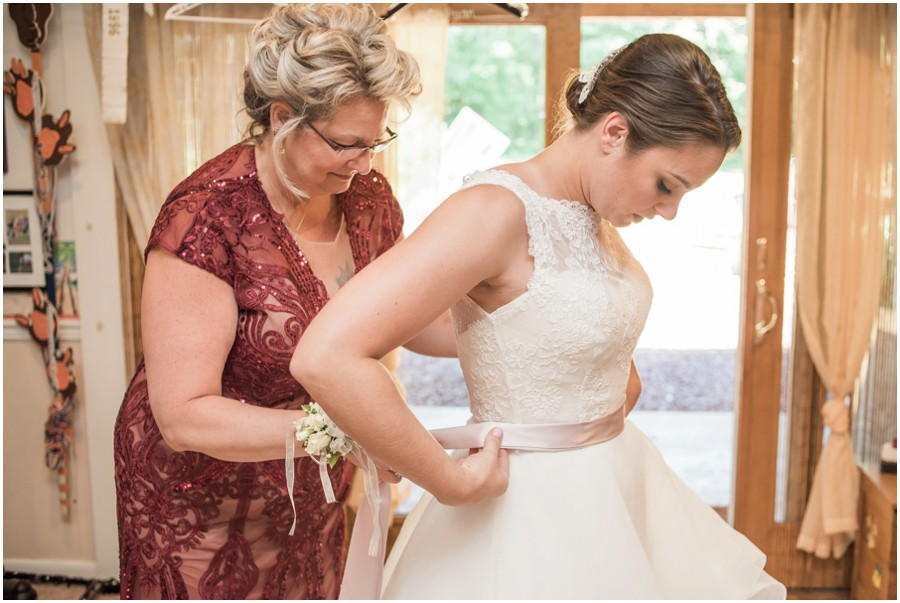 Waters-Edge-Event-Center-Wedding-Chelsea-Blanch-Photography-4
