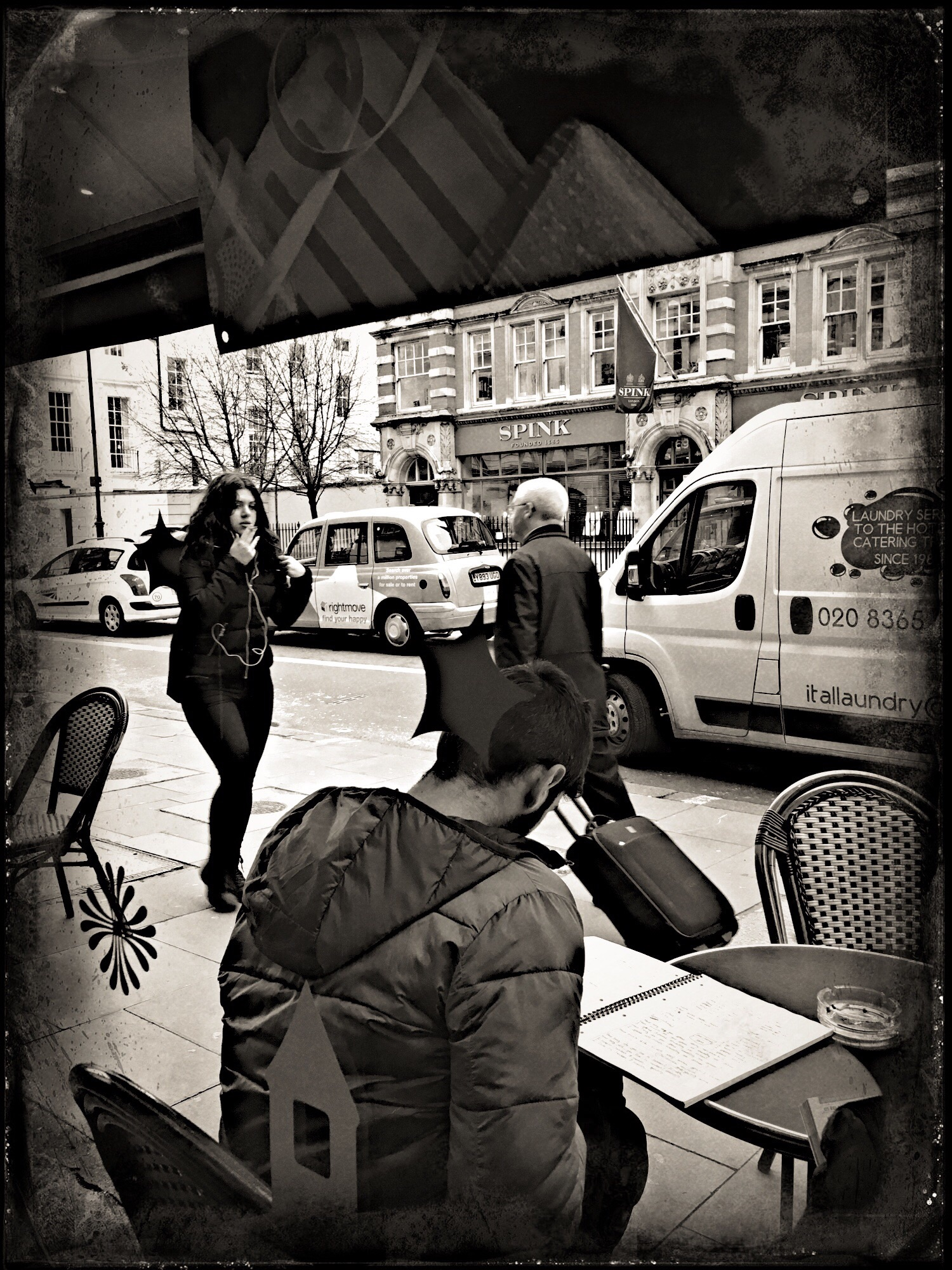 Peoplewatching in Cafe Nero