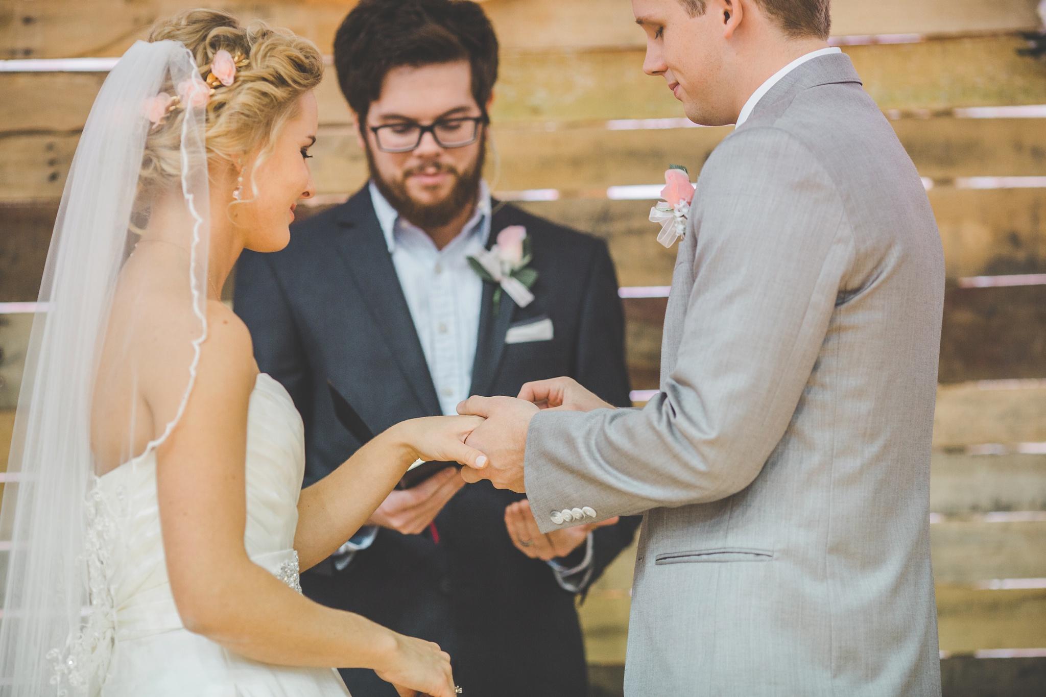 Louisville Wedding Photographer | Fall Wedding_0042.jpg