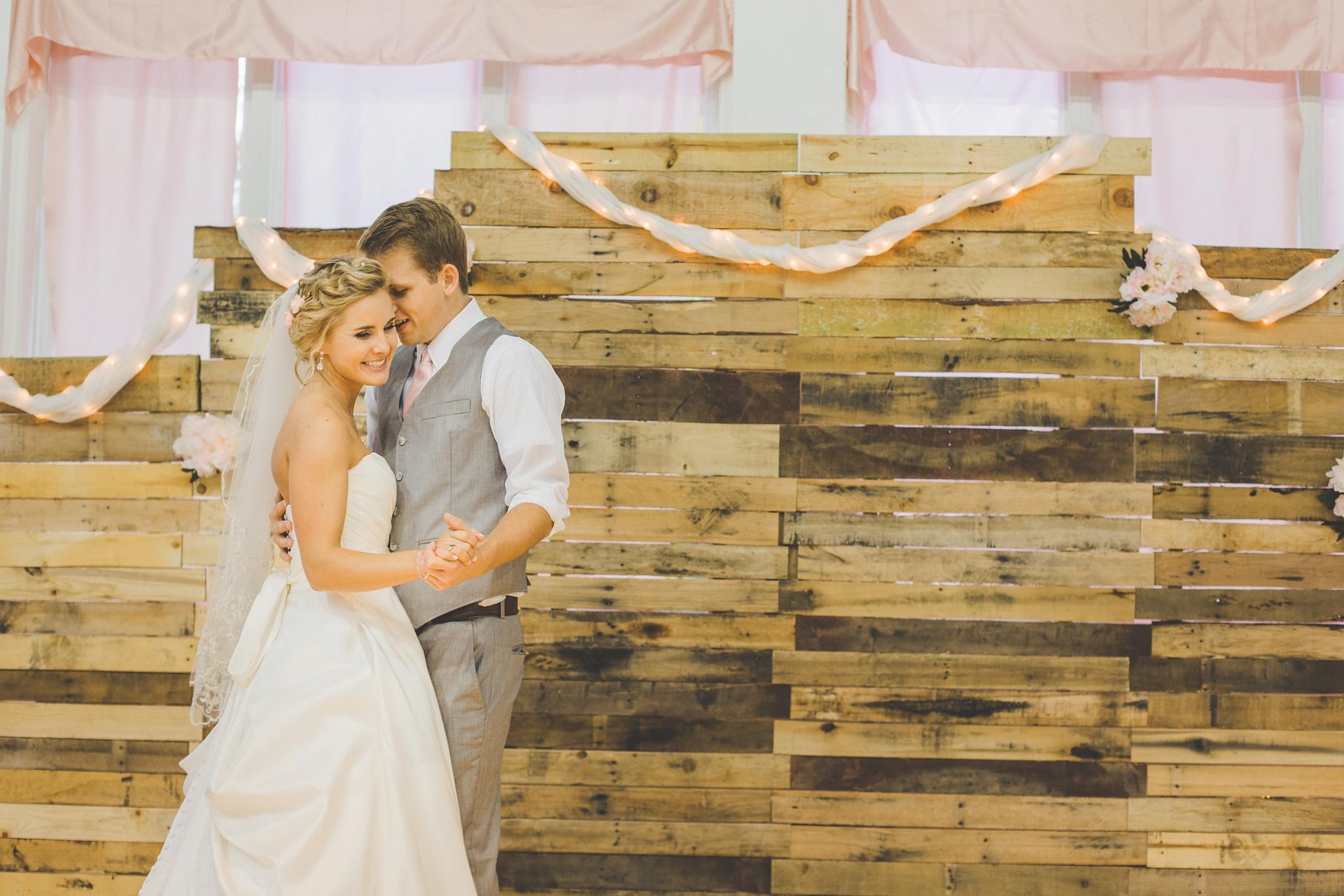 Louisville Wedding Photographer | Fall Wedding_0065.jpg
