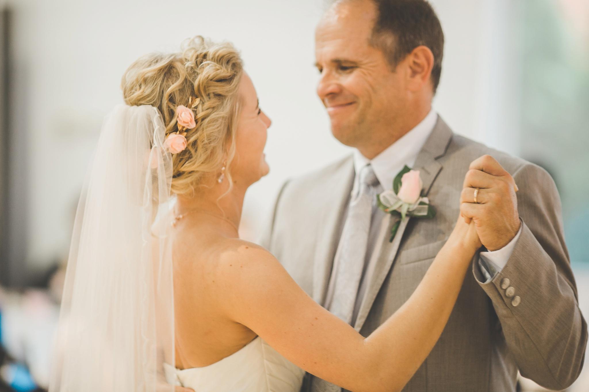 Louisville Wedding Photographer | Fall Wedding_0067.jpg