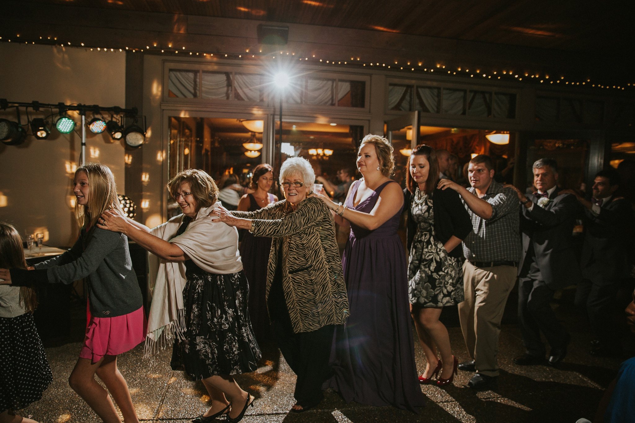Fuzzy Zoeller's Covered Bridge Wedding Photographer