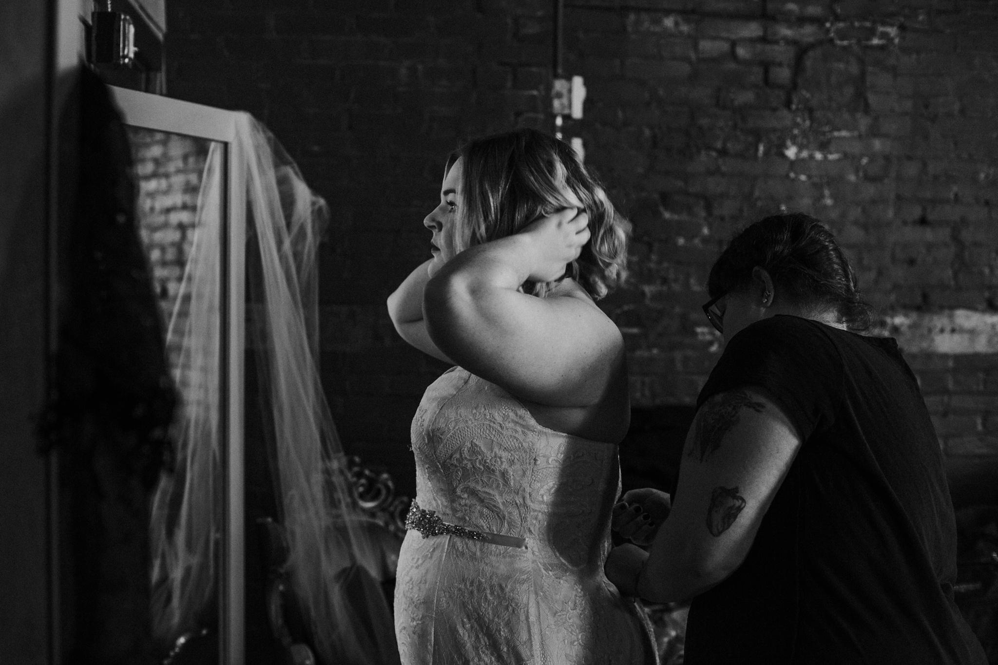 Downtown-Louisville-Surprise-Wedding_0005.jpg