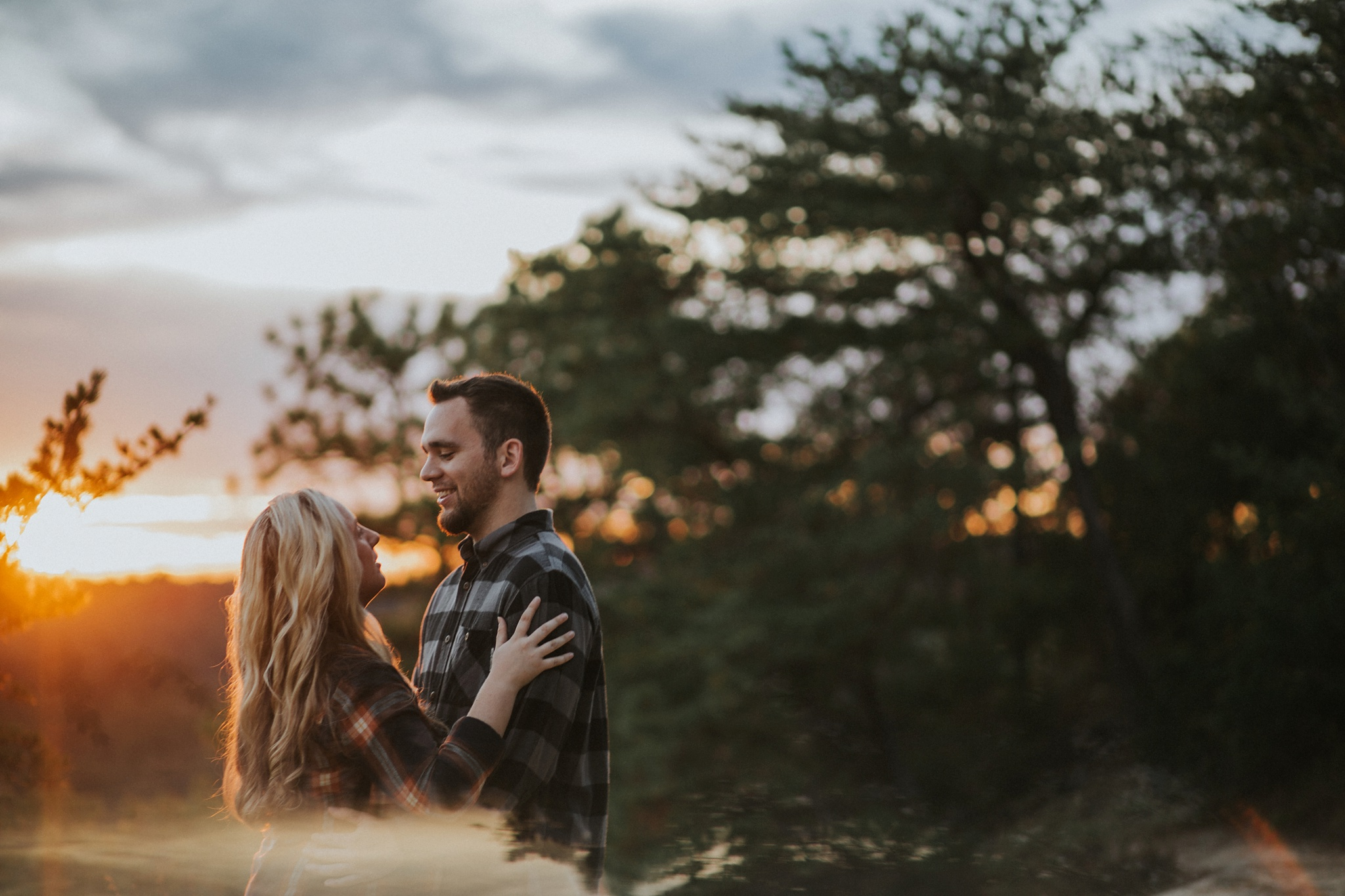 Sunset at the top of Natural Bridge for this cozy couple's Kentucky Engagement Photos