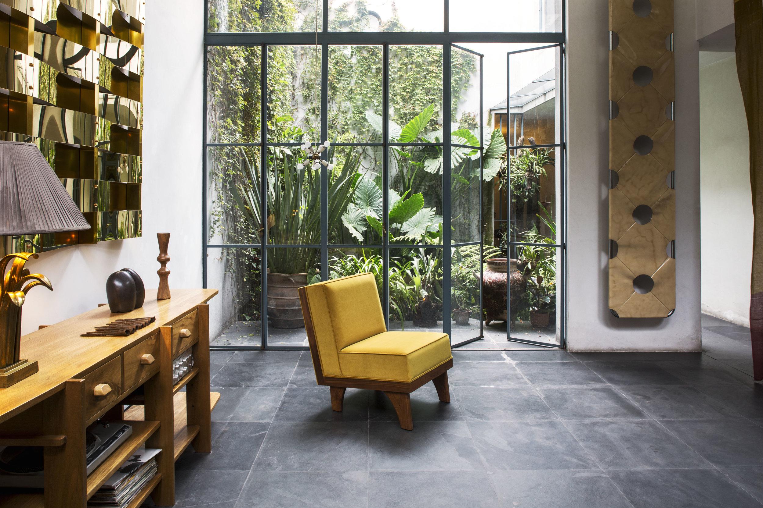 Luteca-MVB-Line Lounge Chair-2.jpg