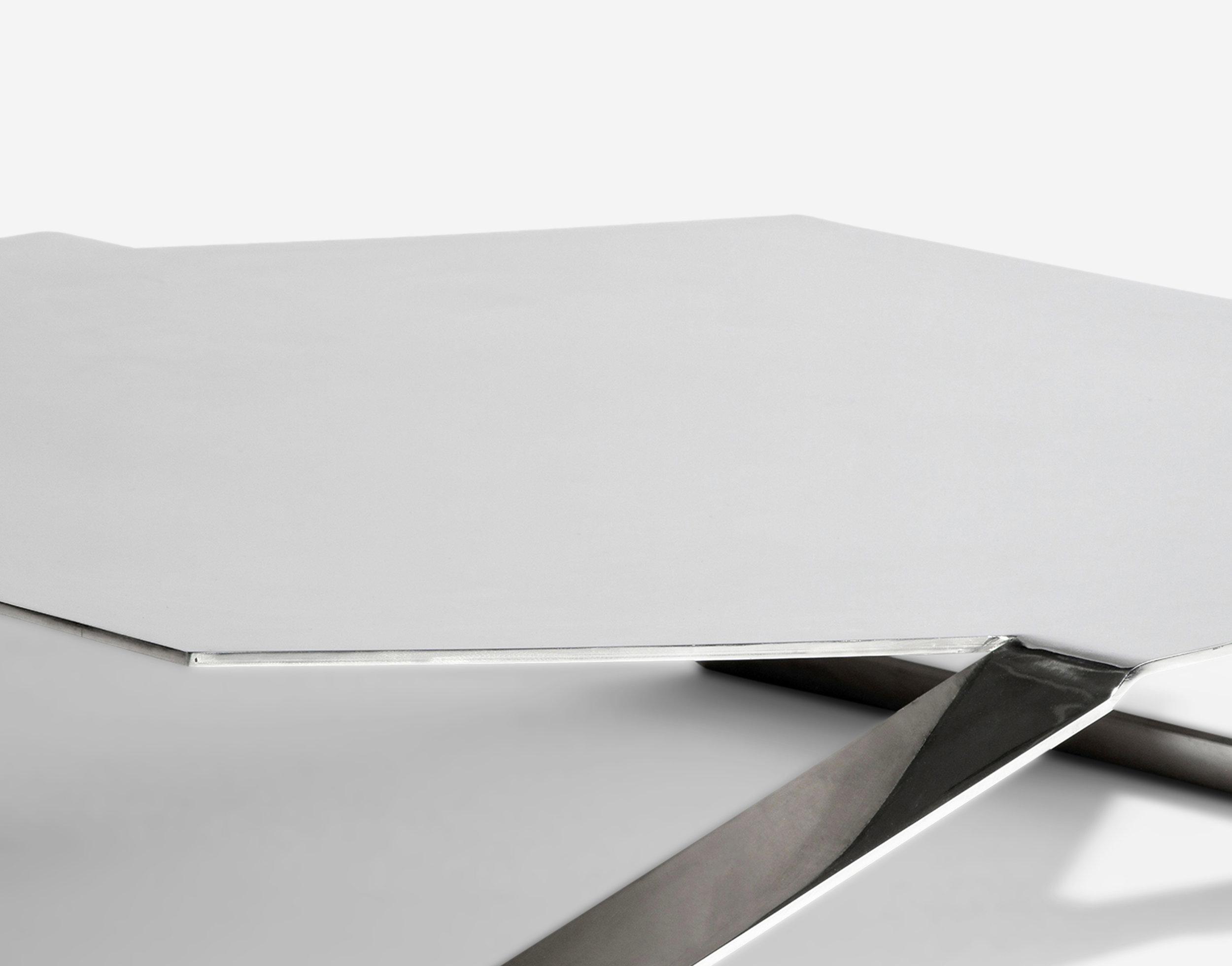 Luteca_PRV_Hexagonal-Coffee-Table_Chrome_D2-W.jpg