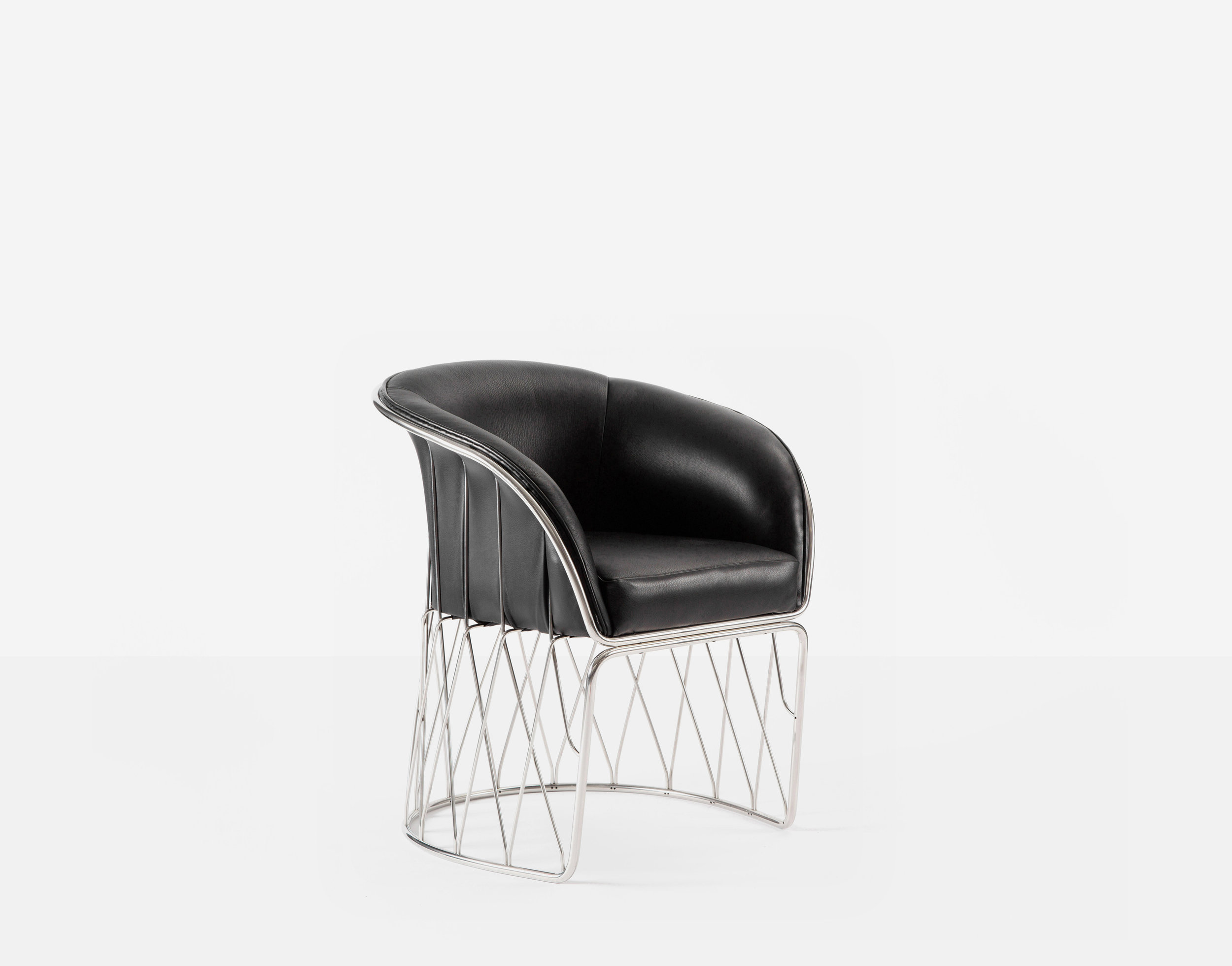 Luteca_PRV_Equipal-Chair_Black-Leather-Chrome_FP-W.jpg