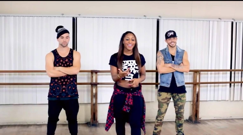 Saleemah and dancers on set filming for Wisin's _Que Viva La Vida_ Music Video Dance Tutorial.jpg