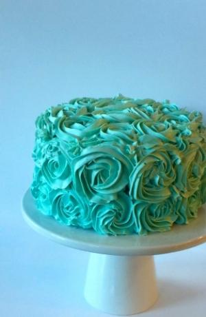 tiffany blue rose cake.jpg