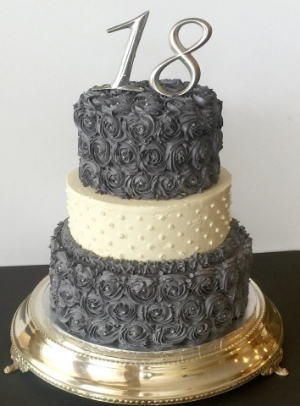 grey rose cake.jpg