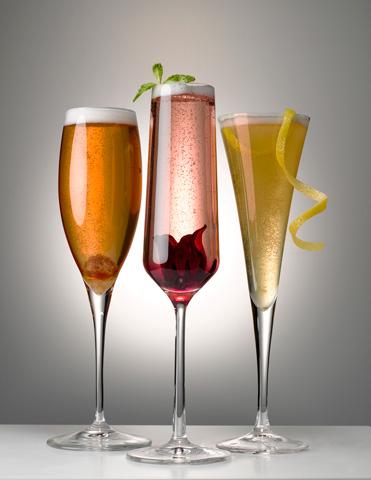 19FMR_Champagne_Cocktail_60.web.jpg