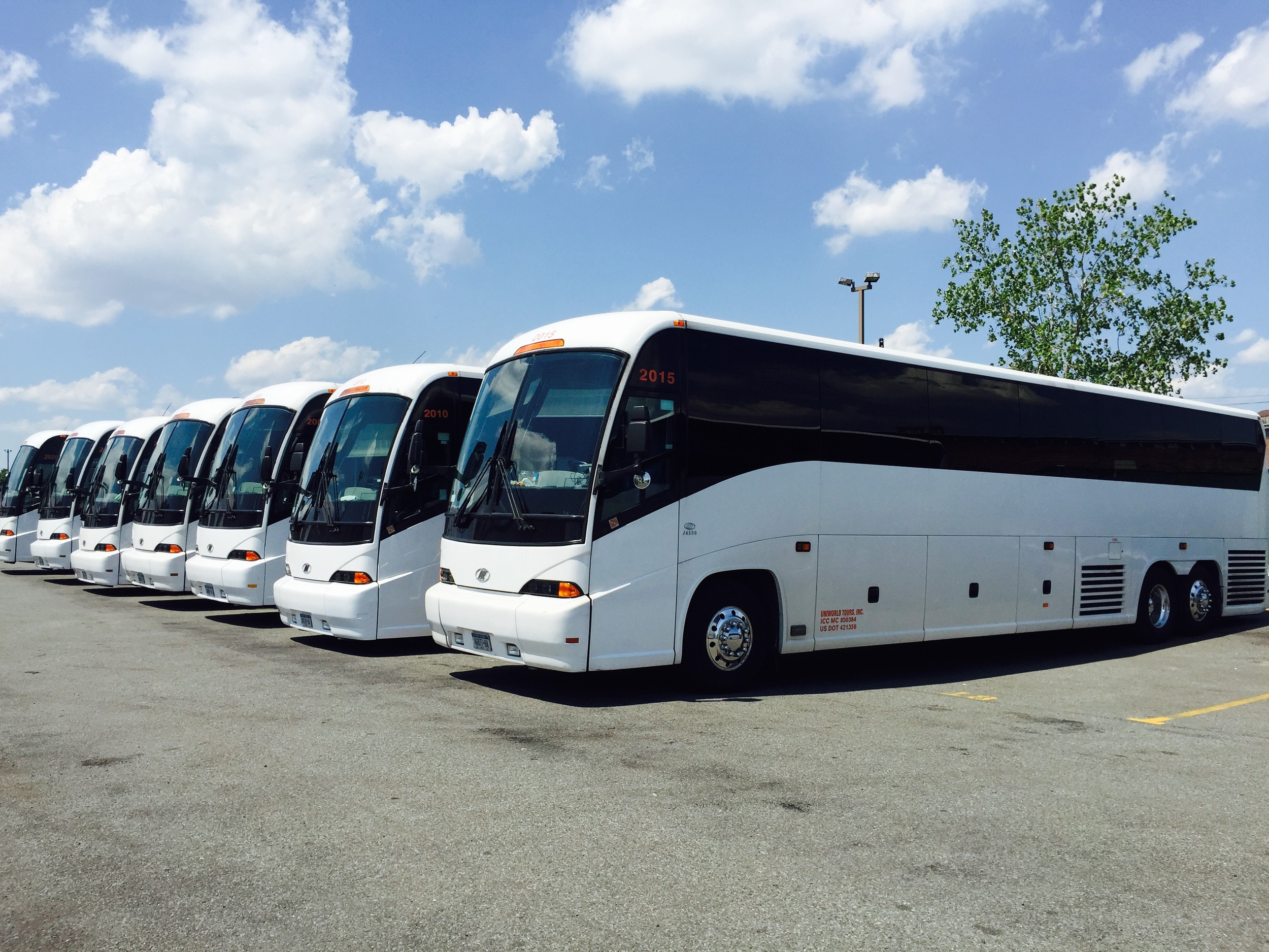 A Premier Charter Bus Rental in the NYC, NJ, Conneticut, Long Island