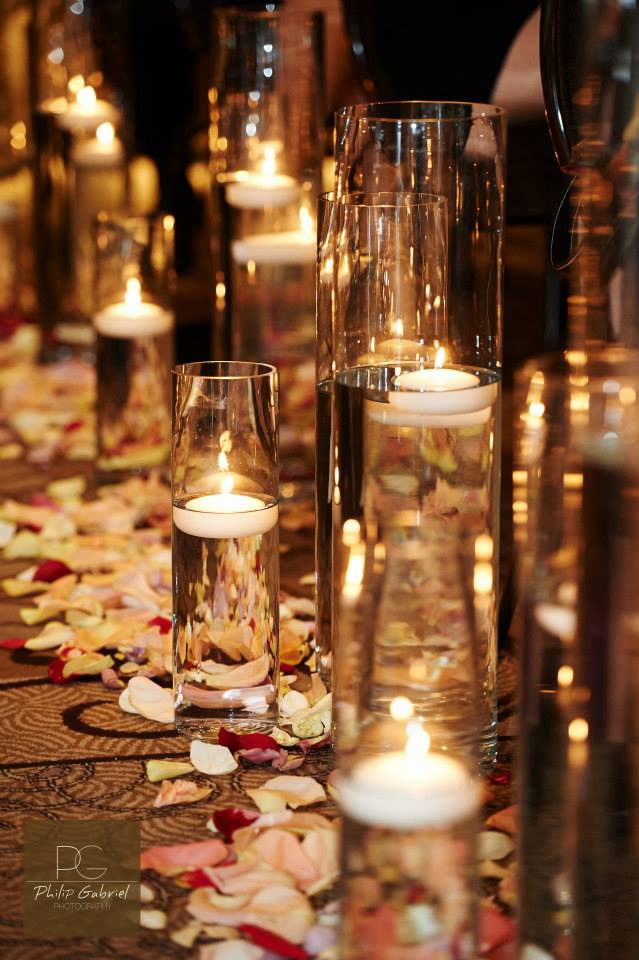 Aisle Decor - Rose Petals and Floating Candle Holders (355)
