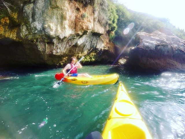 Kayaking in the Mediterranean for the @olly_rpm stag! Nice technique @peterdosullivan