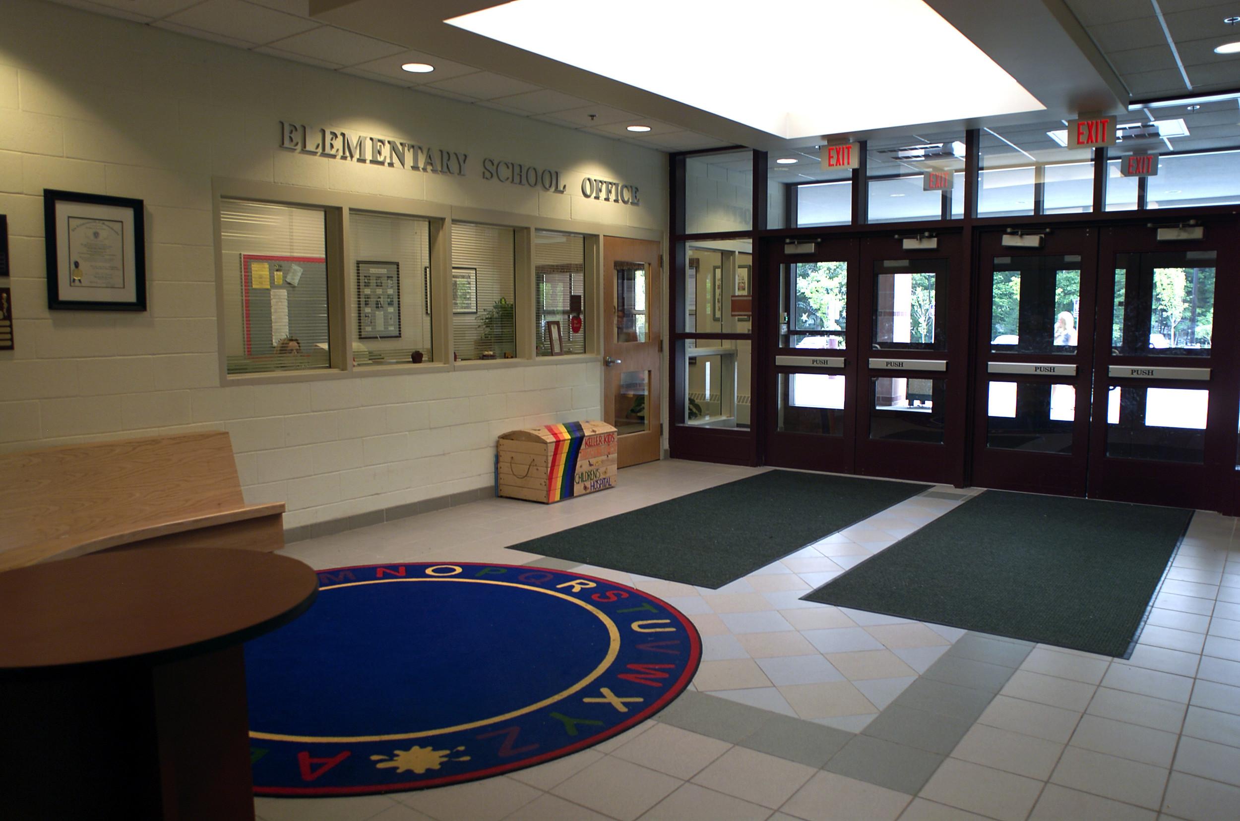 Foyer School.jpg