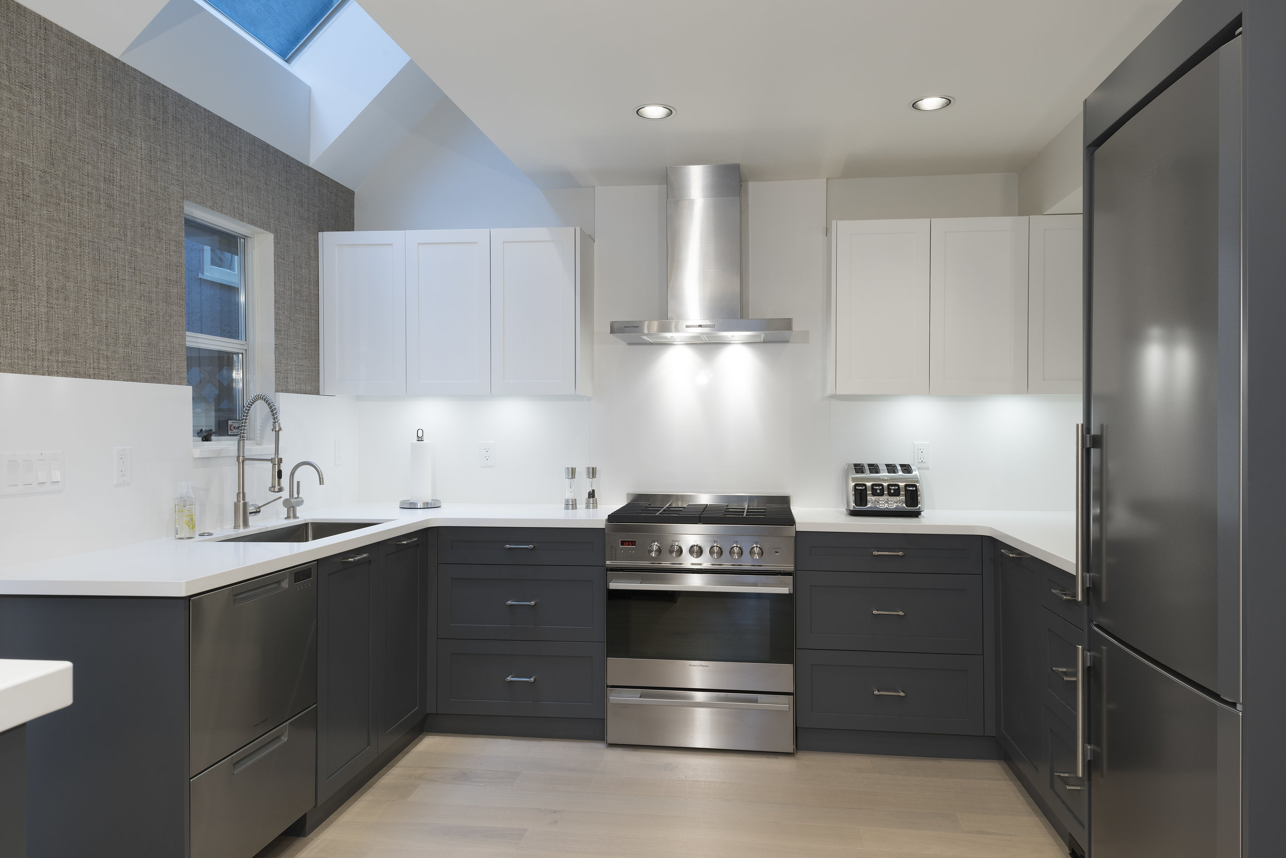 3639W2-Kitchen-02A.jpg