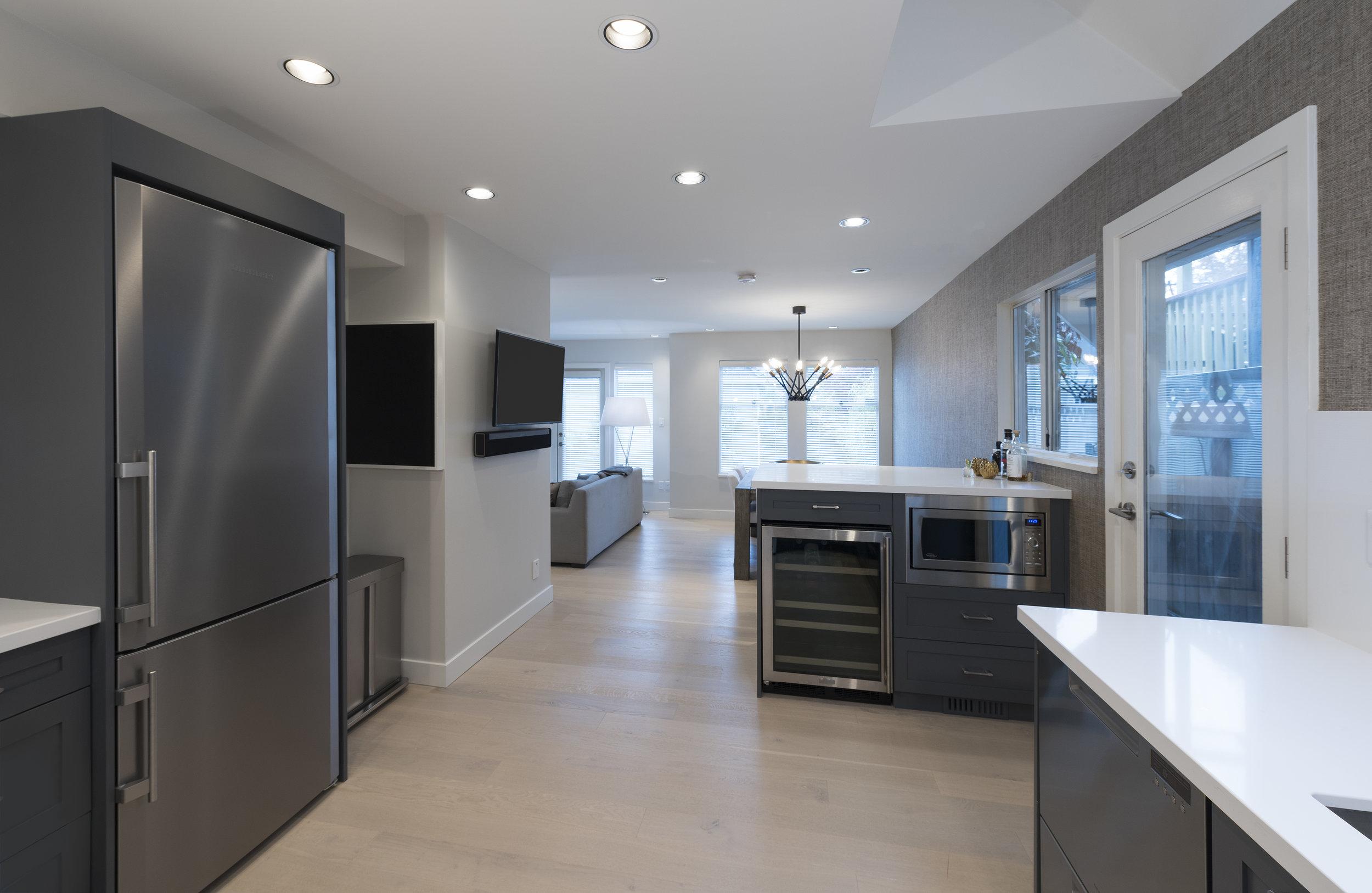 3639W2-Kitchen-03A.jpg