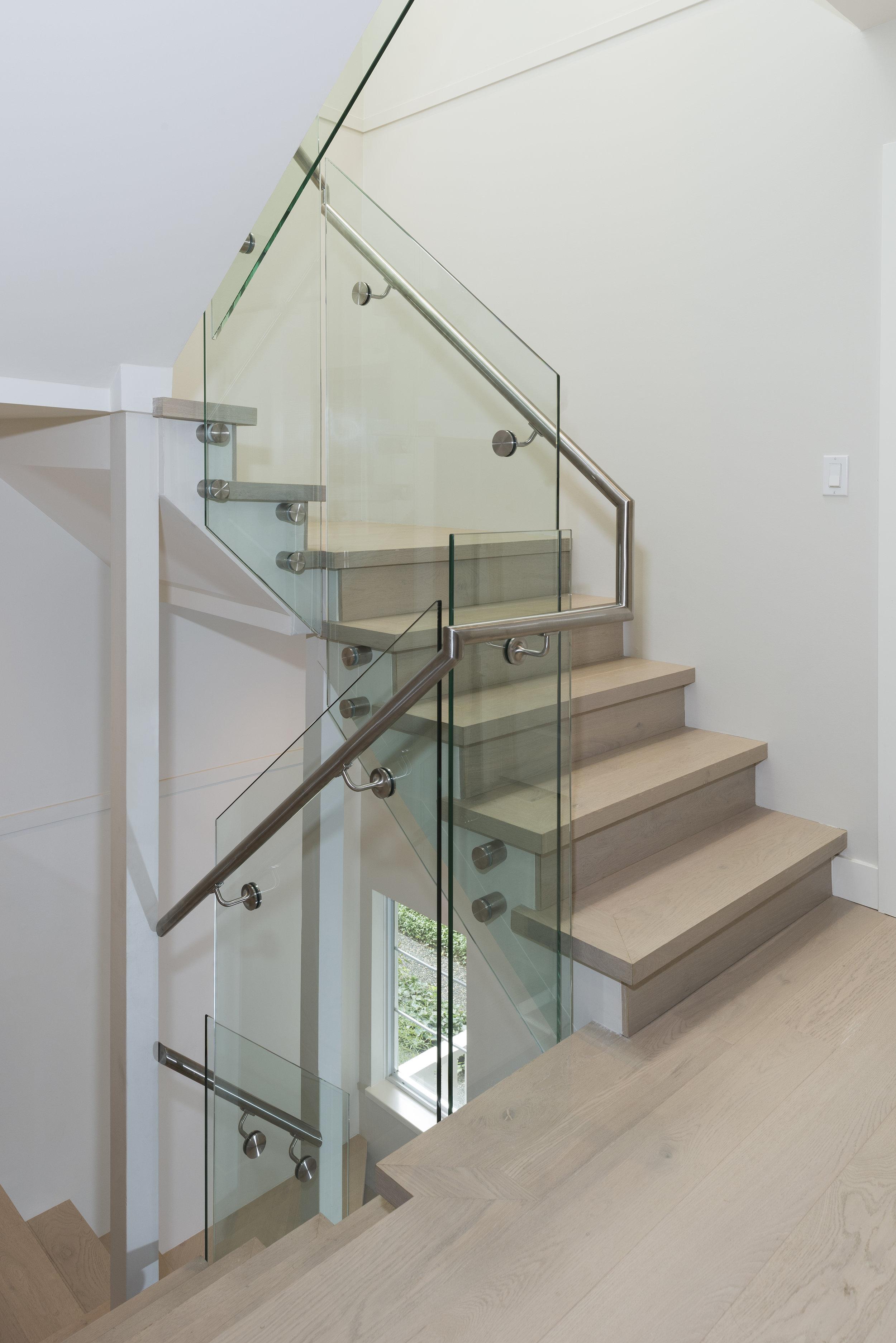 3639W2-Stairs-02A.jpg