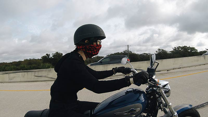 Kojii-Helnwein-on-Harley-Sportster-1200-open-face-helmet-800x450.jpg