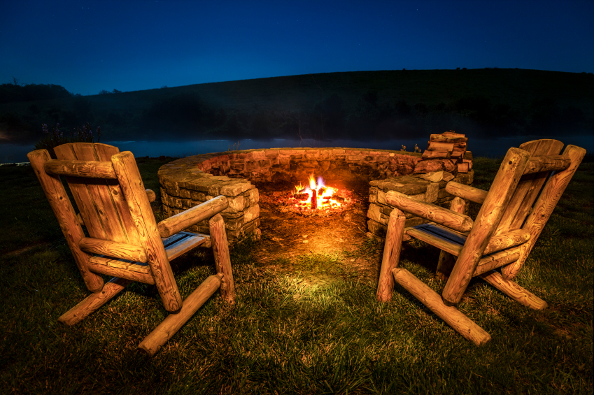 Outdoor kitchens, fireplaces, fire pits, fire rocks, ovens...