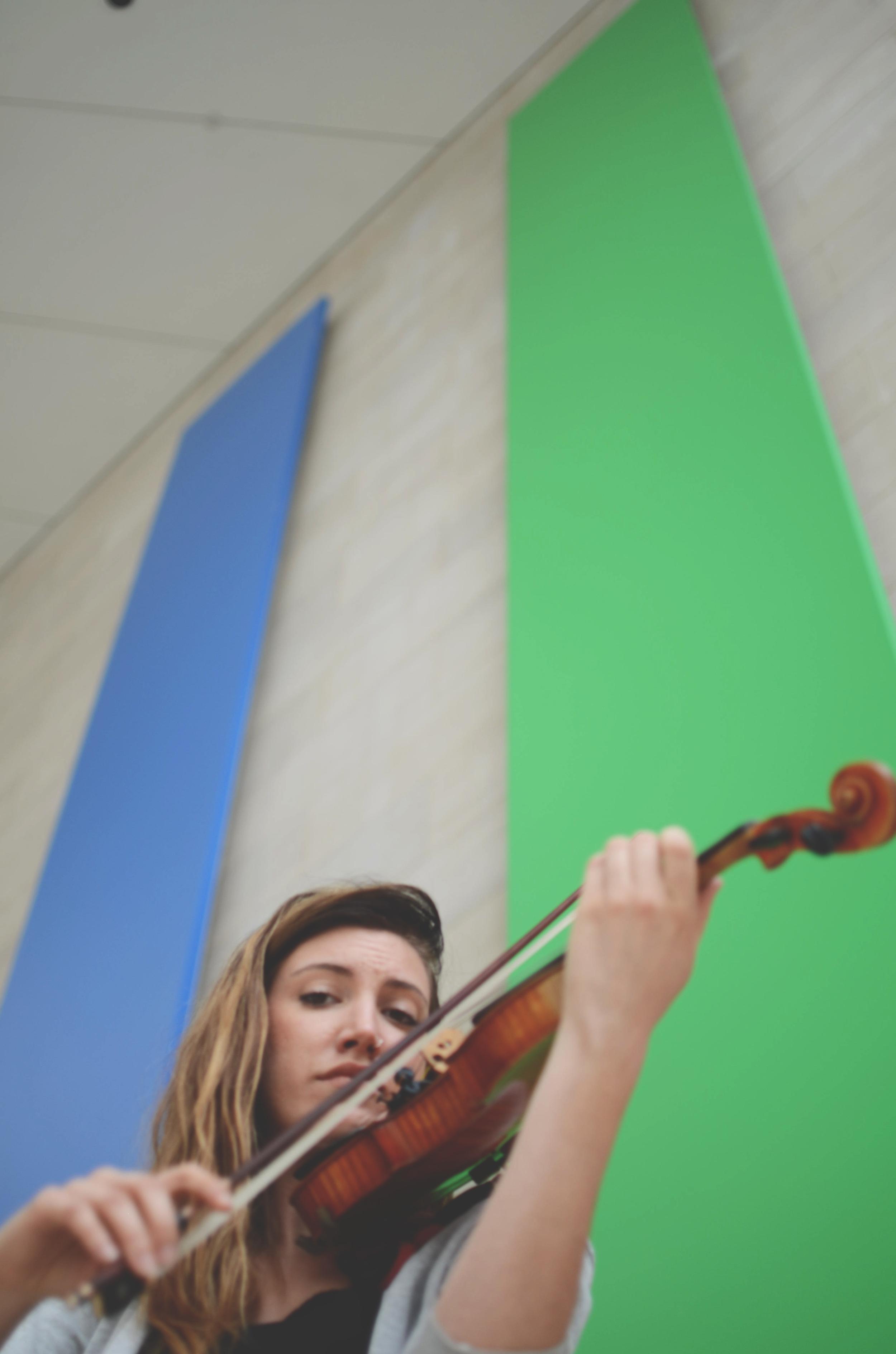 violinheadshot.jpg