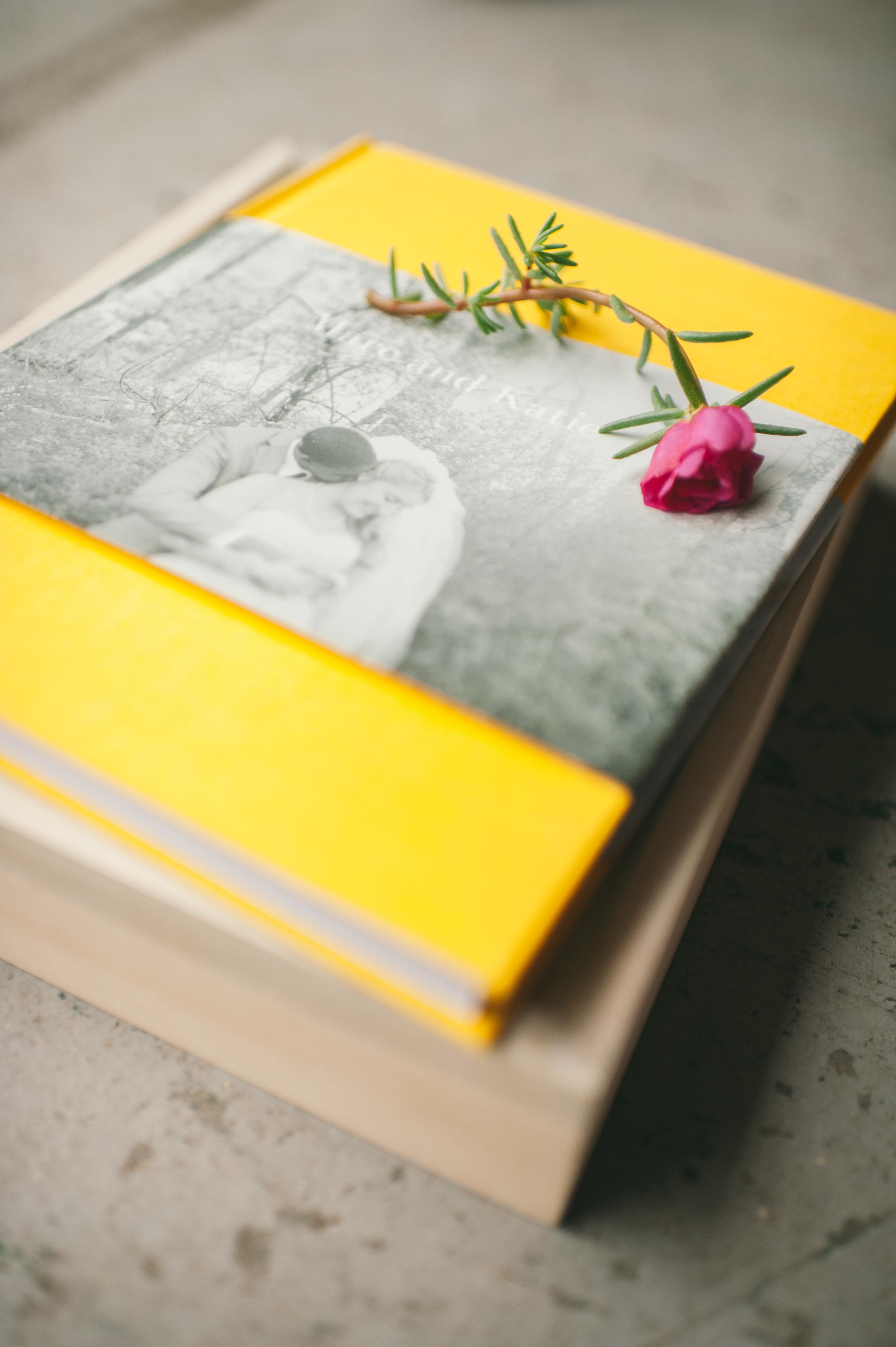 book_9.jpg