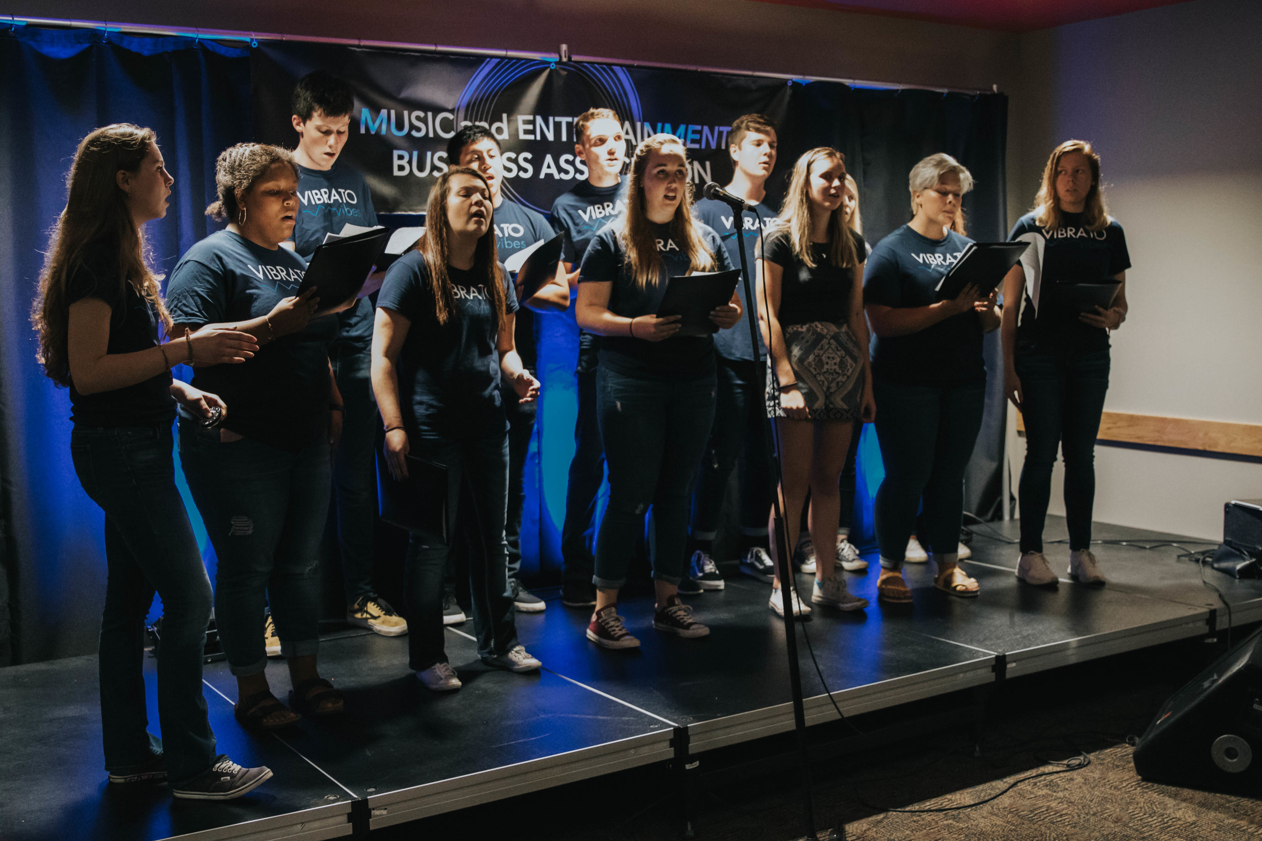 Vibrato Vibes performing a haunting rendition of Fix You by Coldplay; MEBA member and performer Ryleigh Spetoskey featured third from right.  Photo Courtesy: Veronica Anderson