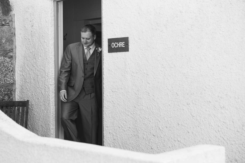 groom leaving for ceremony