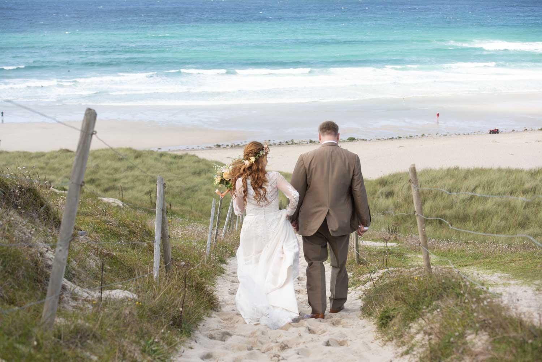 wedding sennen beach