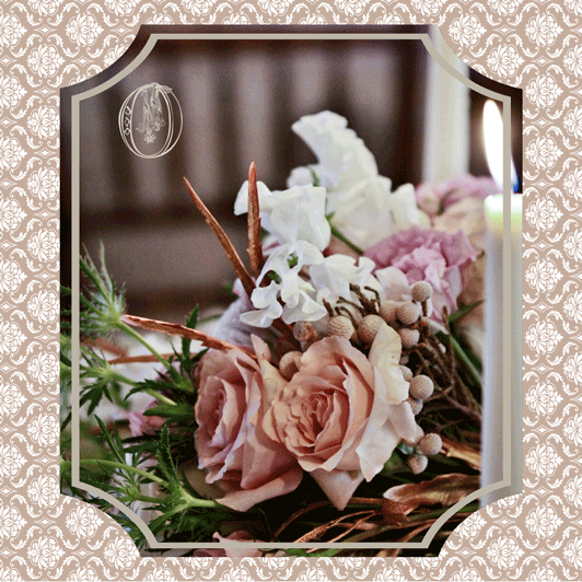 Holly-Hedge-Estate-Champagne-Lace-Vintage-Feminine-Metallic-Neutral-Ivory-White-Blush-Garden-Rose-Protea-Sweet-Pea-Thistle-Tuberose-Bridal-Bouquet-Oleander-New-Jersey-Bucks-County-Wedding-Florist-Floral-Design