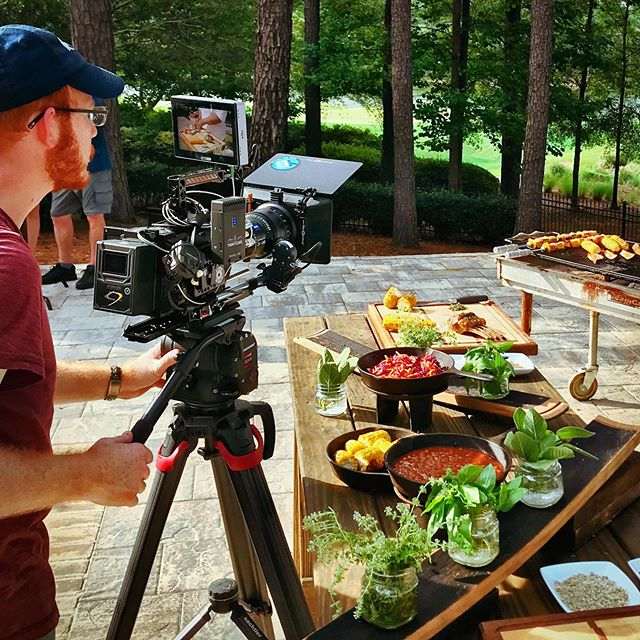 @kennyg.tv checking out a take on the @smallhd #702touch before we wrap a location. We ate some of the props afterwards. Delicious! A fun location! #ursaminipro #woodencamera #zeiss #smallhd #everyframecounts #yonderbluefilms