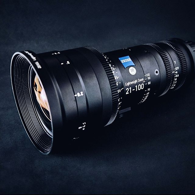 This lens lived on our #ursaminipro last week. We can definitely recommend the @zeisscinematography 21-100mm zoom. You can shoot a whole project on it. May have to buy one. 🤔🎥👍 — — — #zeiss21100 #zeiss #lens #productioncompany #lightweightzoom #blackmagicdesign #zoom #everyframecounts #yonderbluefilms