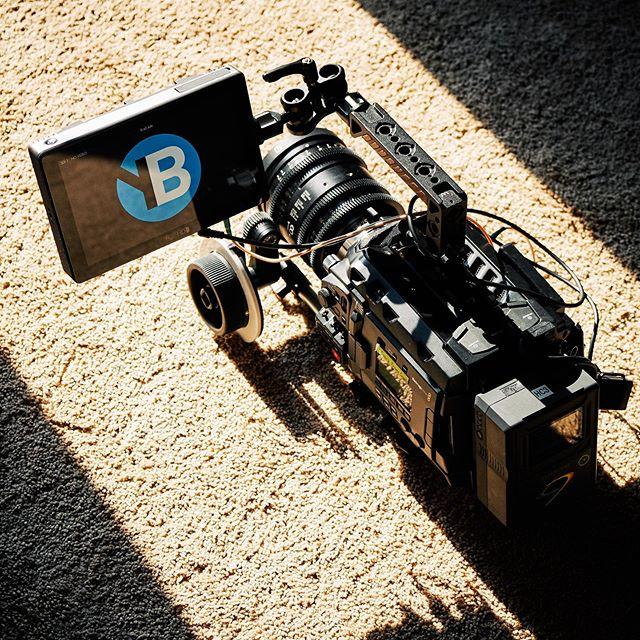 Prep day begins ☀️🎥 - - - - - #nofilter #fujiframez #blackmagicdesign #ursaminipro #ursamini #woodencamera #smallhd #702touch #coreswx #sigmacine #sigmacinelens #sigma1835 #progradedigital #productioncompany #commercial #prepday #yonderbluefilms