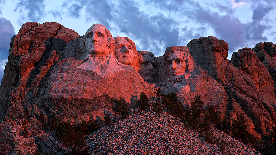 Copy of Mount Rushmore at sunrise