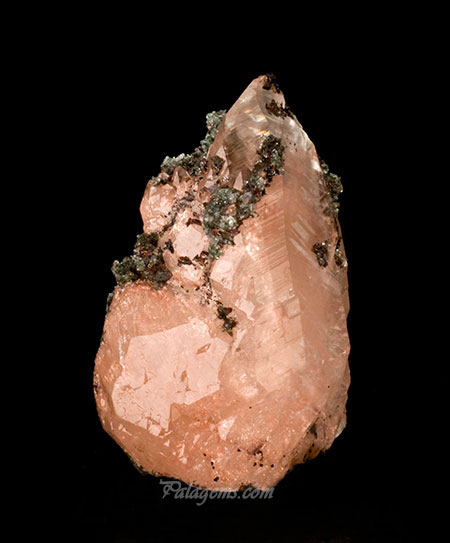 Calcite with copper inclusions from the Keweenaw Peninsula, Copper District, Michigan, 3.5 x 2.5 x 2 in. Price available upon request. (Photo: Jason Stephenson)