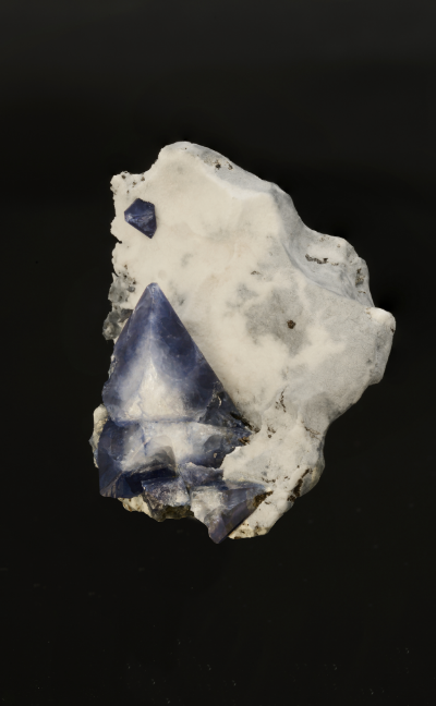 Benitoite from Benitoite Gem Mine, San Benito County, California. (Photo: Mia Dixon)