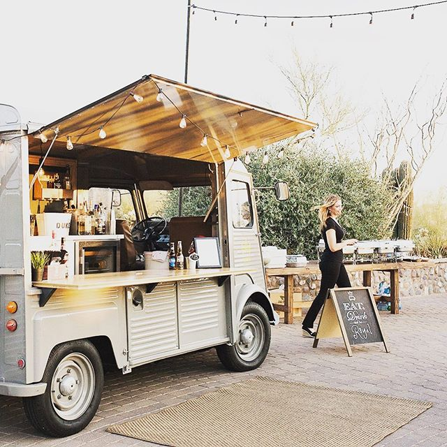 Event season is here! Only a few dates left for 2019! 🙌🏻 ❤️#theoriginal #theduke #cocktailtruck #arizonafoodtruck #winetruck #champagnetruck #az #arizona #scottsdale . #napafoodtruck #napaweddingplanner #sonomaweddingplanner #sonomafoodtruck #foodtruckwedding #californiafoodtruck #californiafoodtruckwedding #bayareaweddjng #bayareafoodtruck #arizonafoodtruck #arizonafoodtruckwedding #winetruck #napafoodie #arizonafoodie #foodie