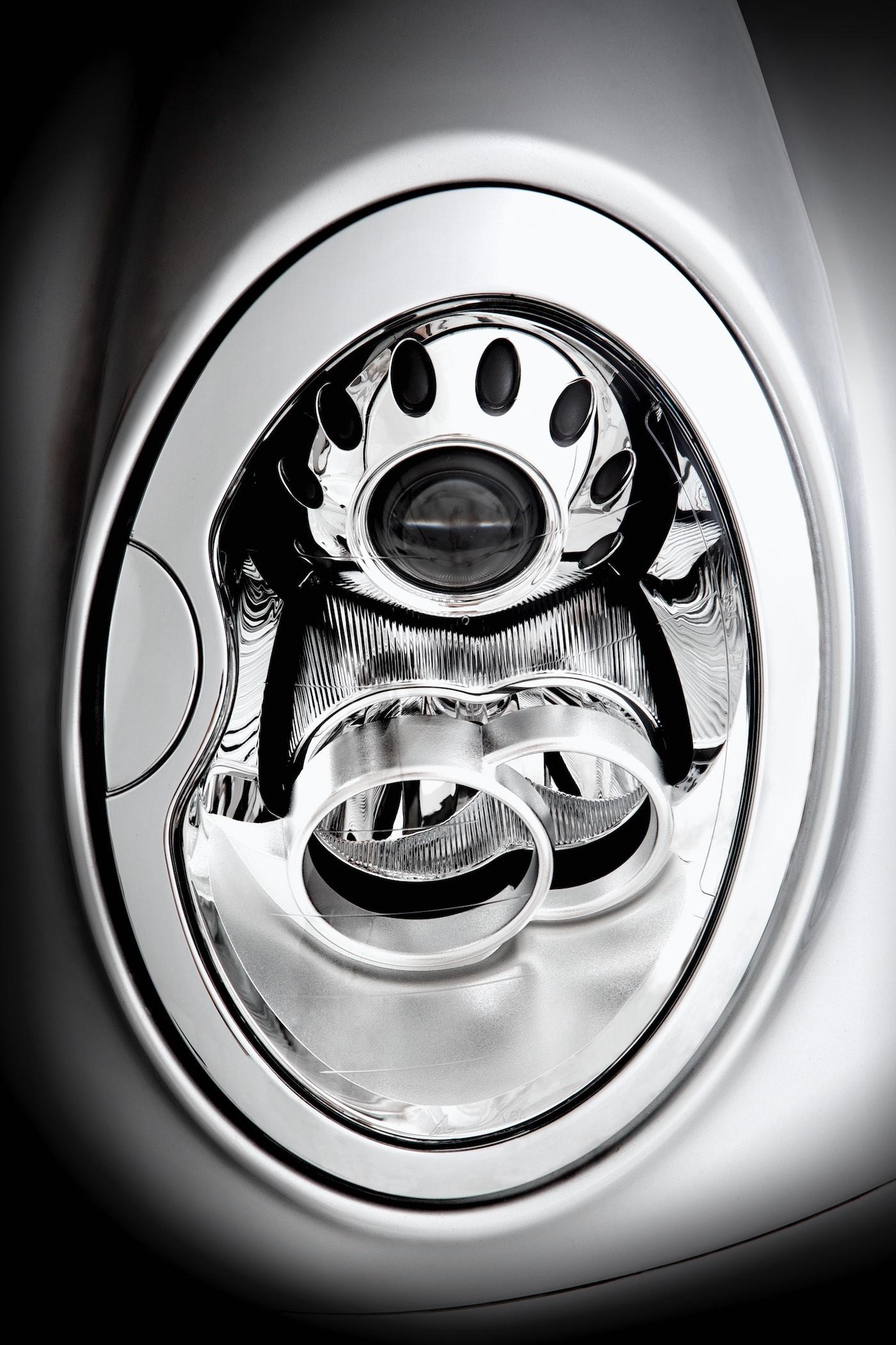 BEN MCMILLAN - morgan cars 15.jpg