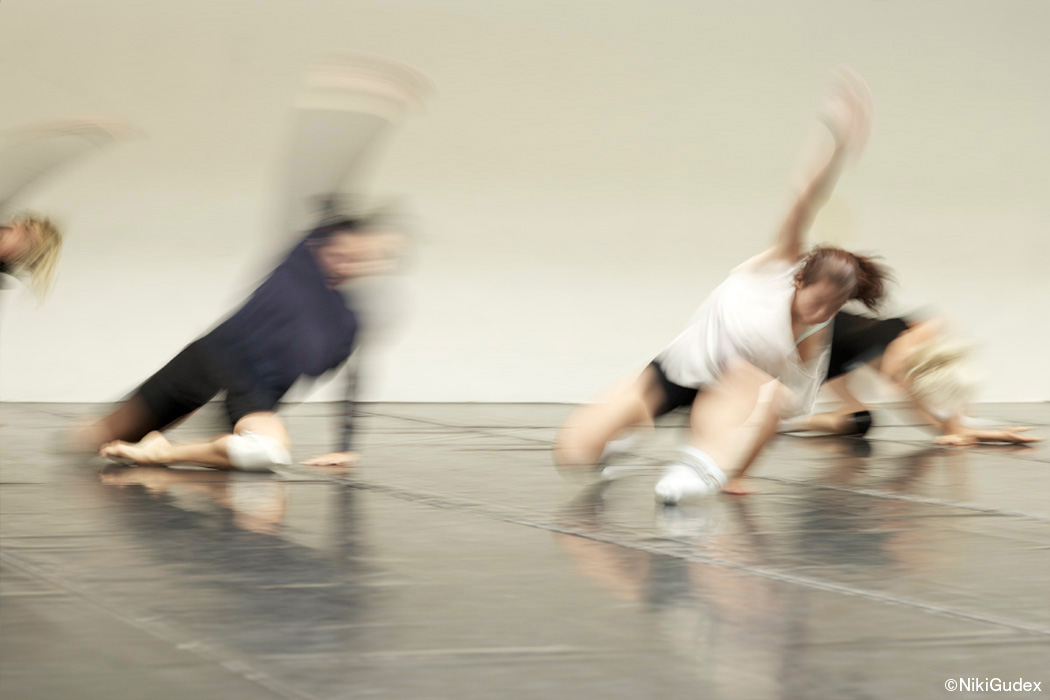 nikigudex_series_dancers_02.jpg