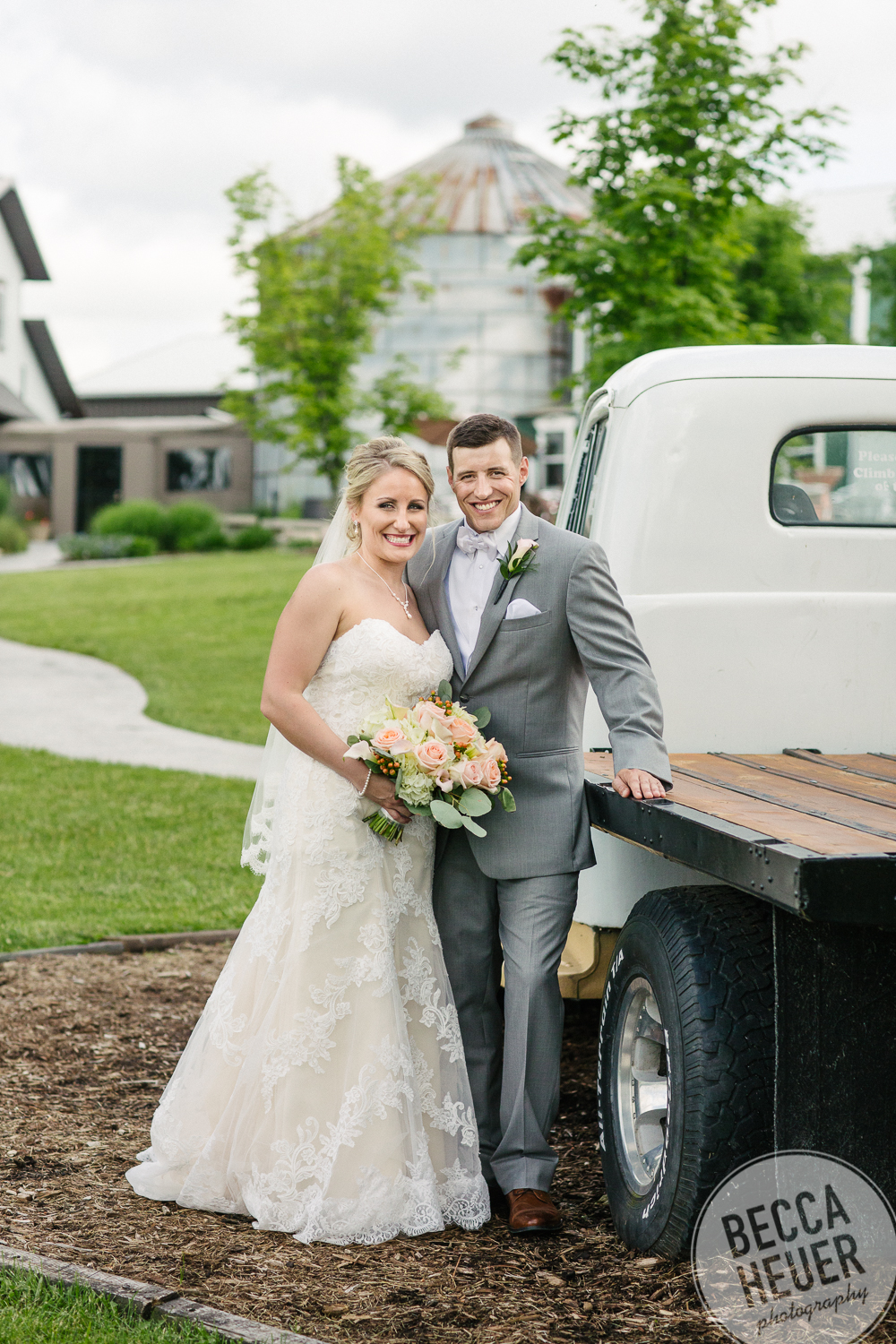 Emily and Bob Wedding_blogo-058.jpg